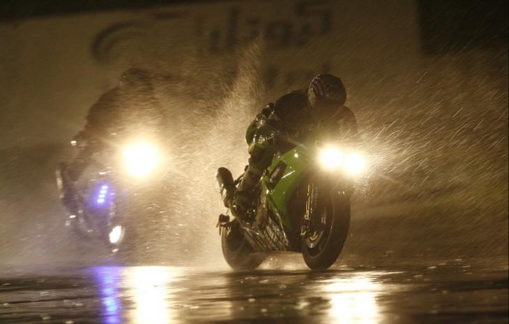 Советы по езде на мотоцикле в дождь от компании МотоСибирь в Новосибирске